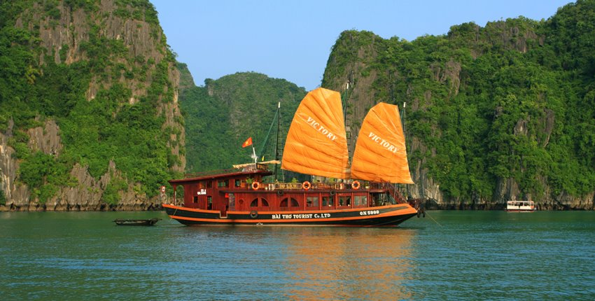 Victory Private Cruise Halong Bay