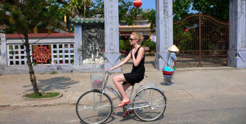 Hue Biking Tour - Visit Thuy Bieu Eco village
