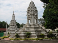 Day 11: Phnom Penh city tour - Siem Reap (B)