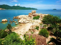 Best Beaches in Nha Trang for Groups with Kids