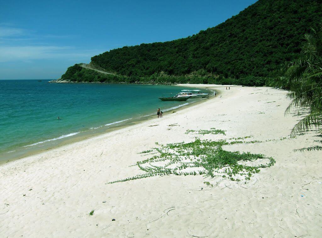 Cham Island 2