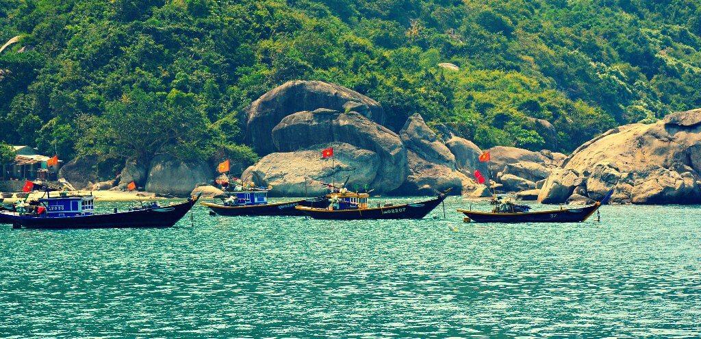 Cham Island 4