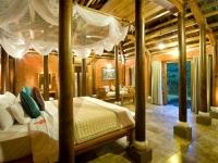 Honeymoon Pool Hut