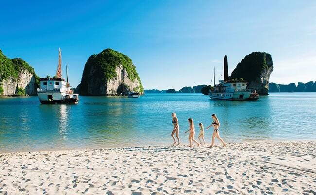 reasons to visit halong bay