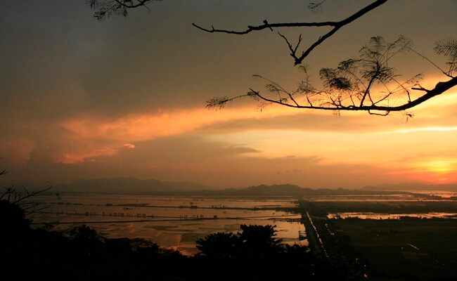 sunset in vietnam 4