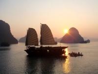 Day 2: Halong Bay – Hanoi (B)