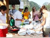 Day 4: Halong Bay - Hanoi (B)