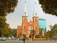 Day 9: Hoian - Danang - Ho Chi Minh City (B)
